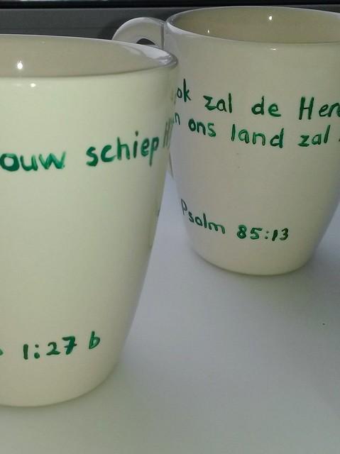 5 onmisbare tips voor het beschilderen van aardewerk en porselein ~ CherryCharlie.nl