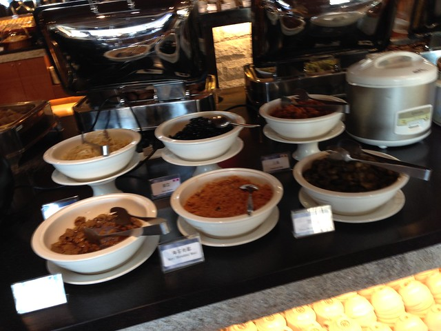 有清粥與它們的配菜@日月潭大飯店
