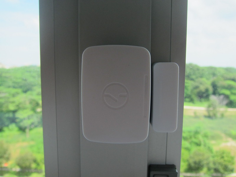 Samsung SmartThings - Multi-Purpose Sensor - On Window