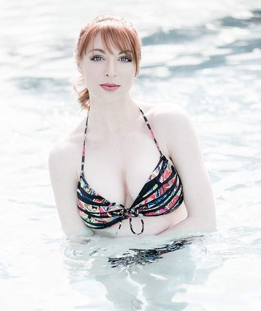 Lisa Foiles, pretty nerd.