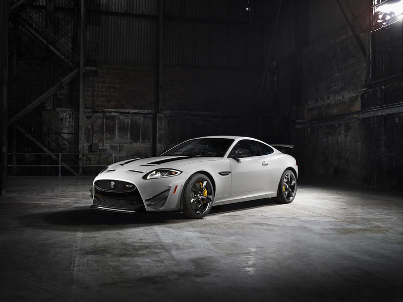 jag_25_yrs_r_xkr-s_gt_image_11_260313_61706