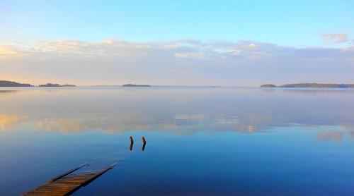 blue sea sky reflection water clouds finland island evening still midsummer calm memory serene meri juhannus gulfoffinland kotka hamina suomenlahti tyyni thewateriswide vuorisaari sakarip