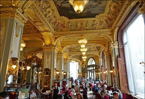 世界最漂亮咖啡館New York Cafe010
