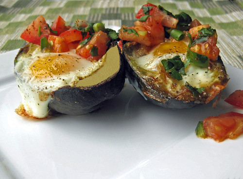 Baked Egg in an Avocado Topped with Homemade Pico de Gallo