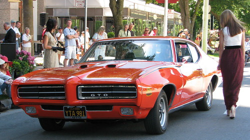 a vintage Pontiac GTO (by: Jack Snell, creative commons)