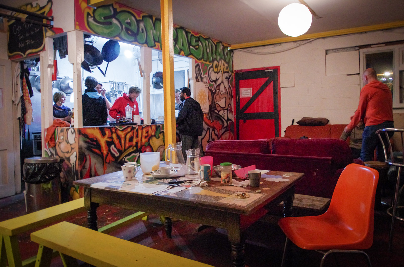 Dublin alternatif - Seomra Spraoi - Table and kitchen