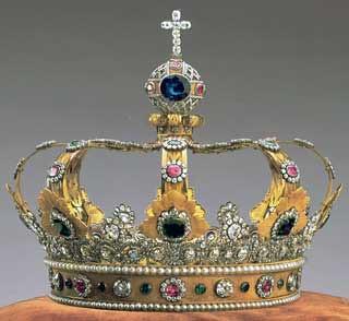 crown-of-bavaria-papercraft