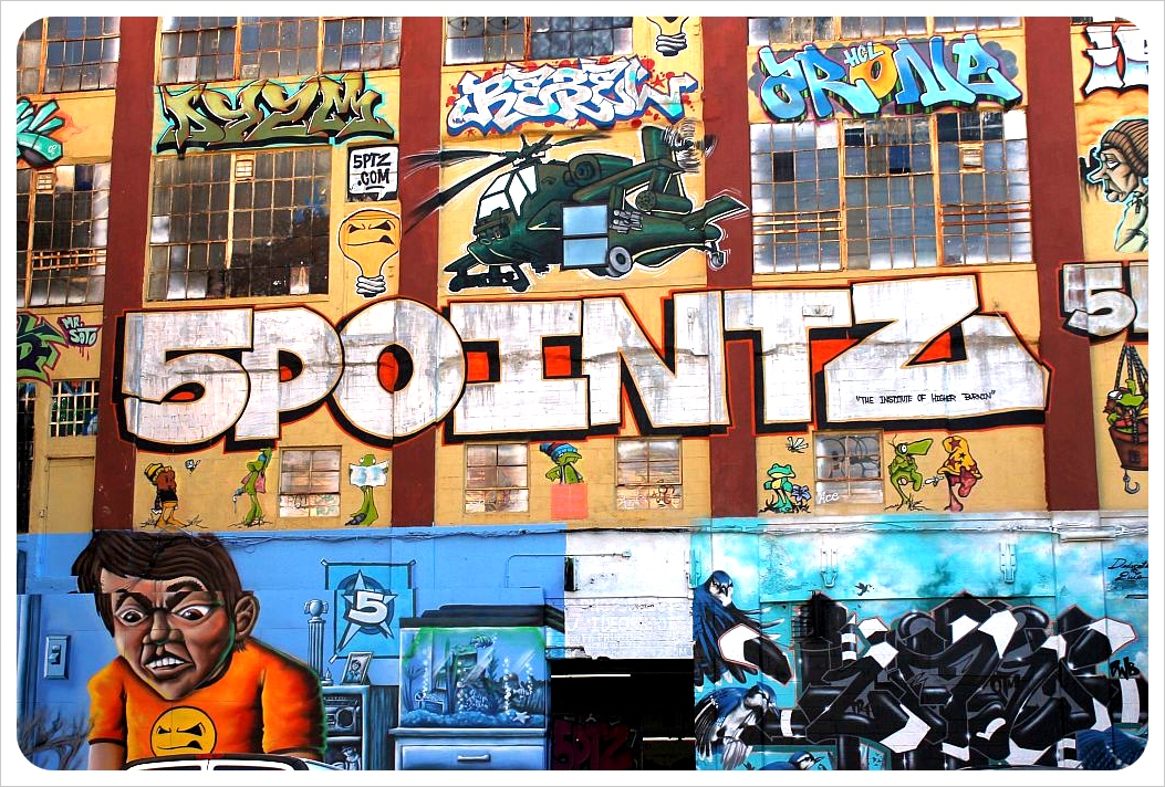 new york city street art 5pointz warehouse