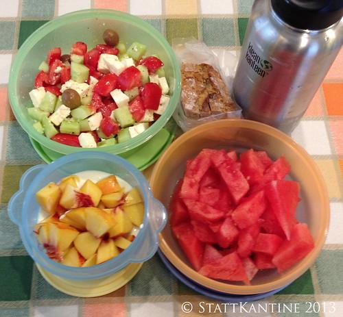 Stattkantine 30. August 2013 - Griechischer Salat, Bauernbrot, Wassermelone