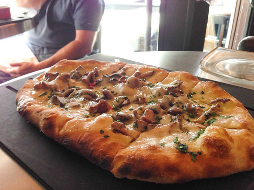 Places to eat in Seattle - Serious Pie has some serious pizza!