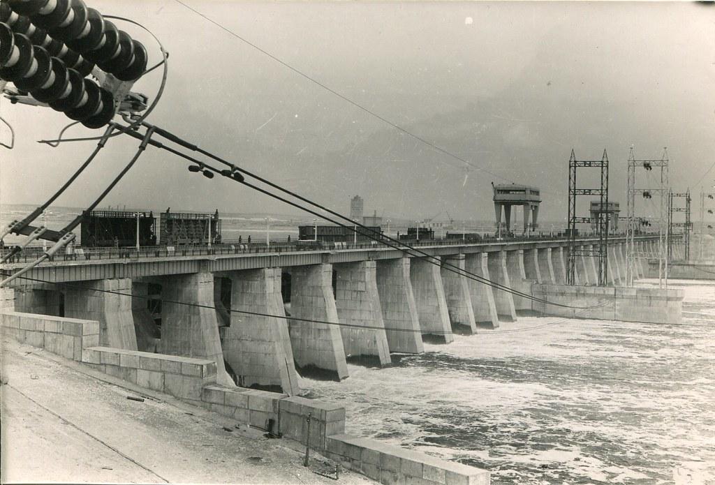 83_Водослив Волжской ГЭС