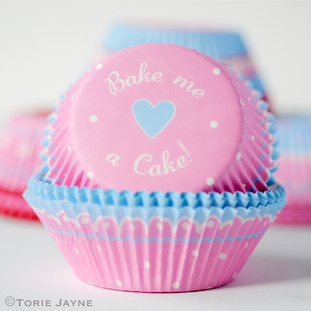 Pink & white spot cupcake cases