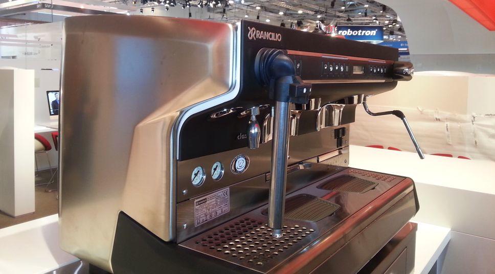 "mobiles Kaffeecatering auf der eWorld Messe Essen • <a style=""font-size:0.8em;"" href=""http://www.flickr.com/photos/69233503@N08/12788690293/"" target=""_blank"">View on Flickr</a>"