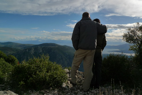 Hiking the E4 path above Delphi, Greece