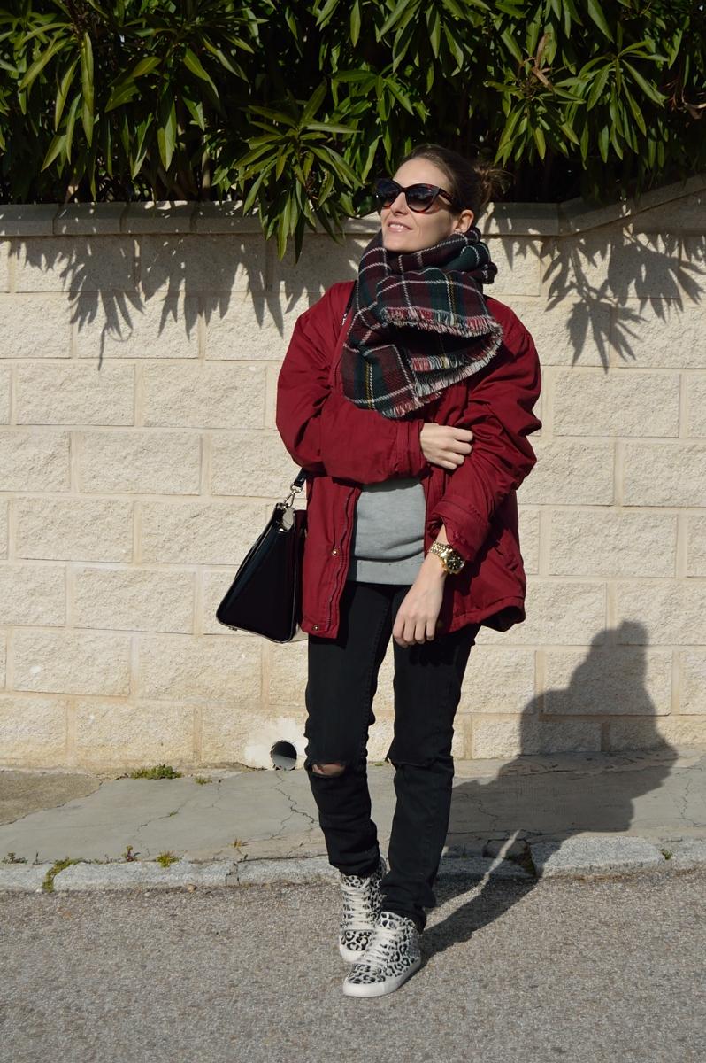 lara-vazquez-madlula-blog-easy-look-burgundy-outfit