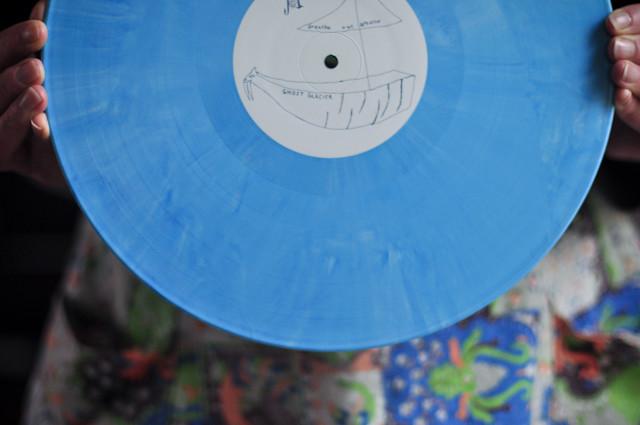 /blue//four///