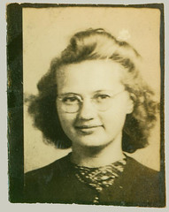 Photobooth girl with glasses
