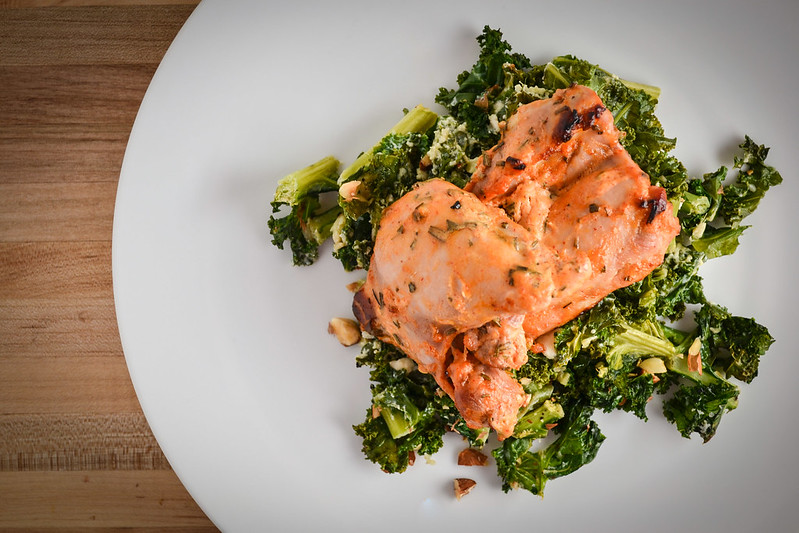 yogurt and sriracha marinated chicken & ginger kale gratin | things i made today