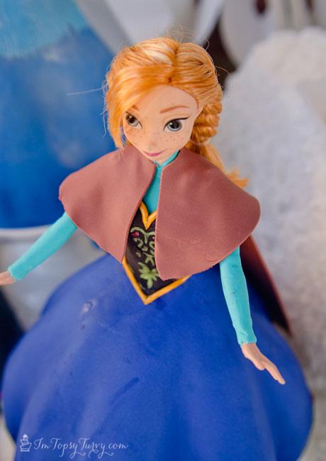 Frozen-princess-cake-anna-caplet