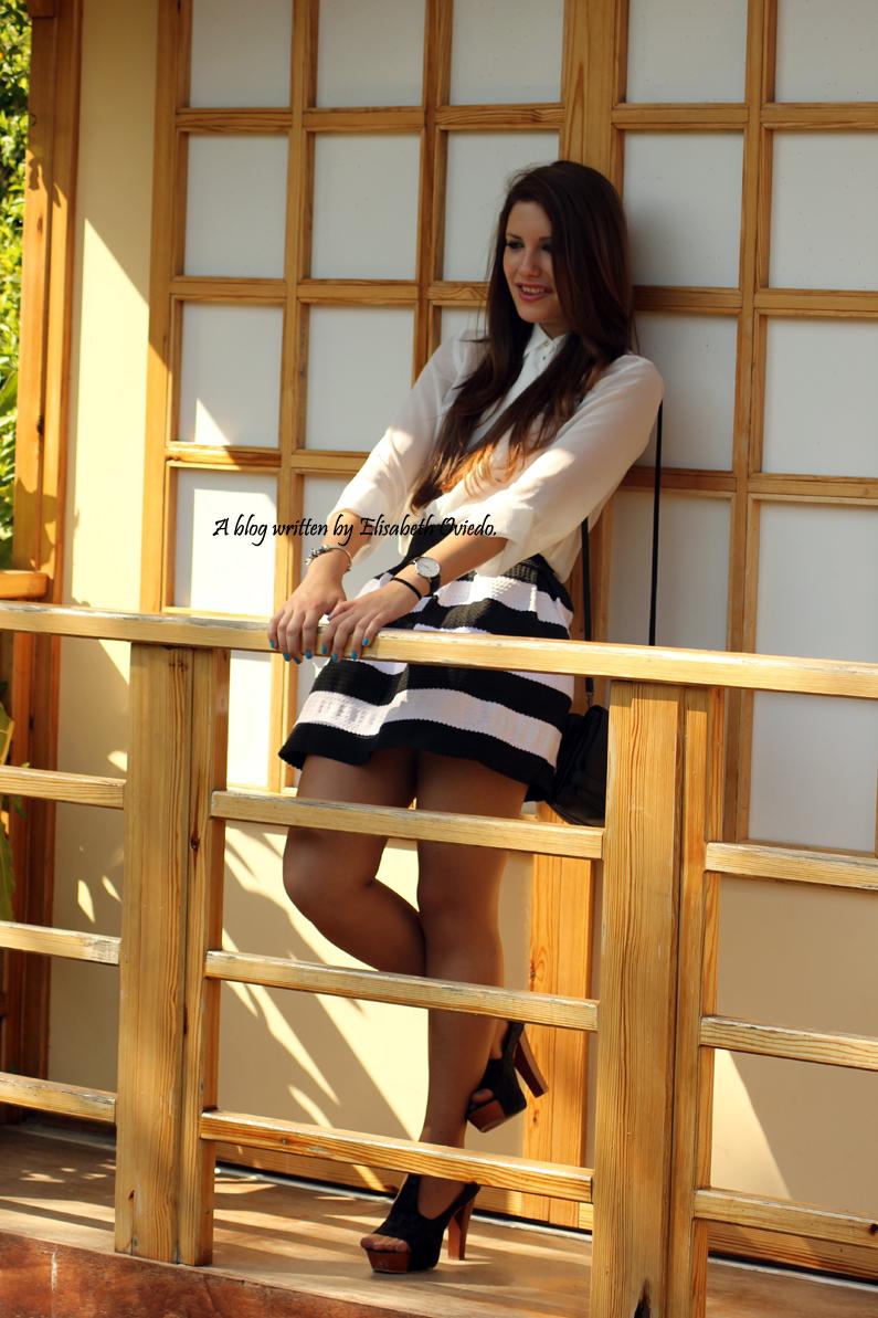 falda-rayas-blanca-y-negra-oasap-HEELSANDROSES-(7)
