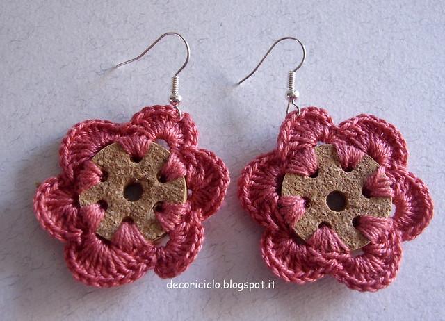 orecchini a fiore di sughero e cotone 3