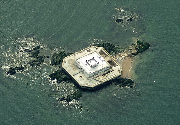 There S A Private Island Home Off The Coast Of New York