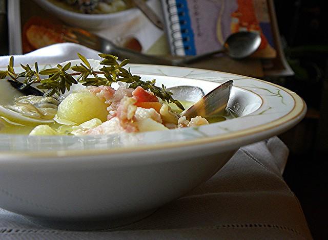 zuppa di vongole patate pancetta al timo (5)