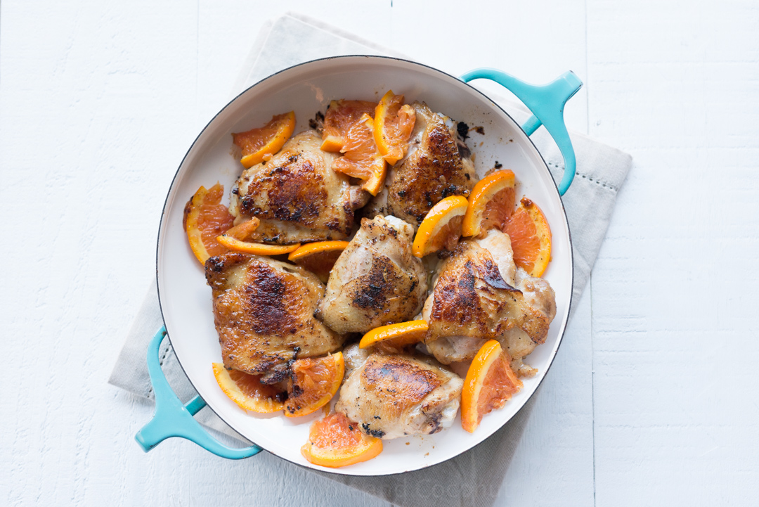 Vanilla Balsamic Roasted Chicken Thighs www.pineappleandcoconut.com #vanillaweek