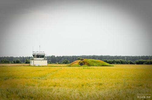 sverige e1 coldwar airbase viggen lidköping västergötland flygvapnet lansen a32a swedishairforce hovby aj37 kallakriget krigsbas bas60 krigsflygfält attackeskadern öbsklubba hangarfartygetgötaland förstaflygeskadern flygbaser krigsflygbas