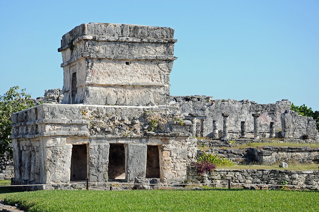 Ruined Mayan settlement of Tulum