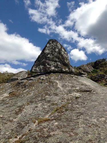 Pedra triangular em Mogueirães