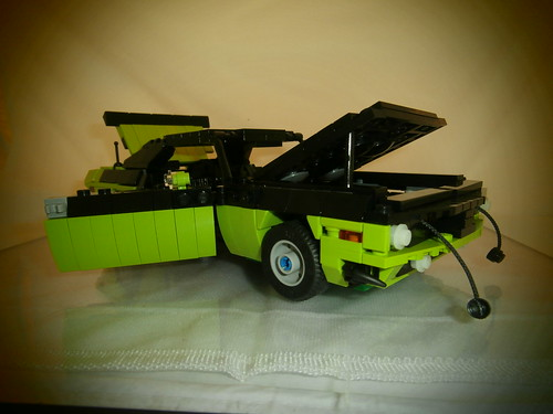 LEGO 1970 Plymouth AAR Cuda All open