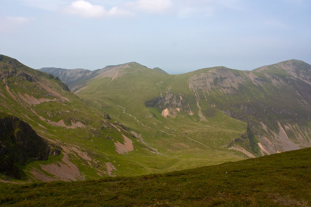 Across Coledale Hause to Hopegill Head