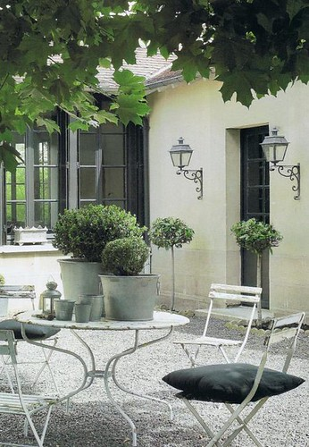 Things that inspire outdoor dining rooms for French country courtyard