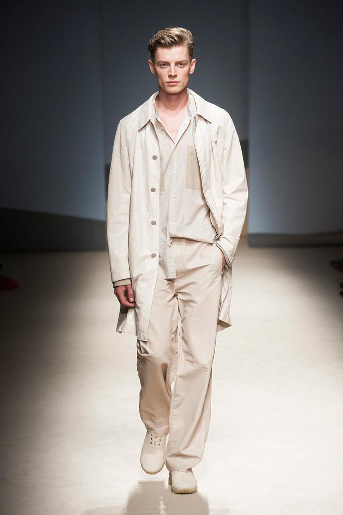 Janis Ancens3123_SS14 Milan Trussardi(fashionising.com)