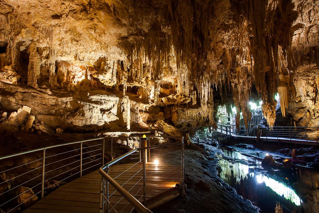 Mammoth Cave - credit MargaretRiver.com