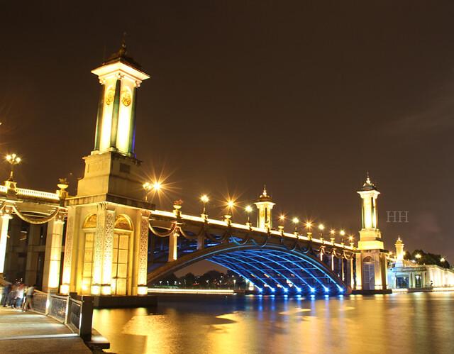 Jambatan Seri Gemilang