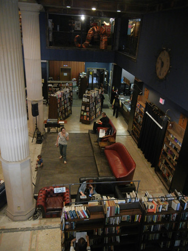 DSCN8913 _ The Last Bookstore, LA