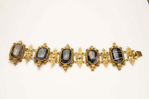 .Banded agate and pinchbeck mourning bracelet 1.jpg