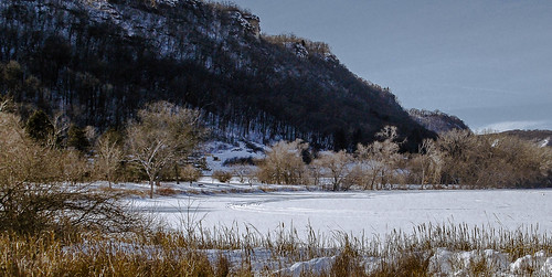 winter snow weather minnesota landscape midwest january winona snowcovered bluffland