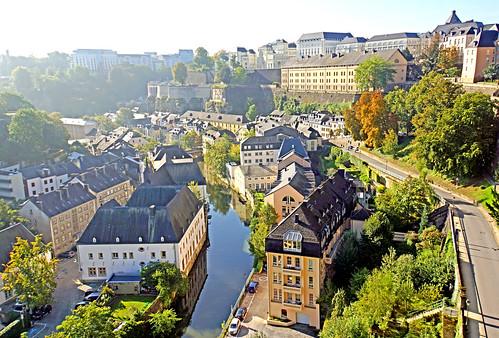 Luxembourg-5106 - Chemin de la Corniche