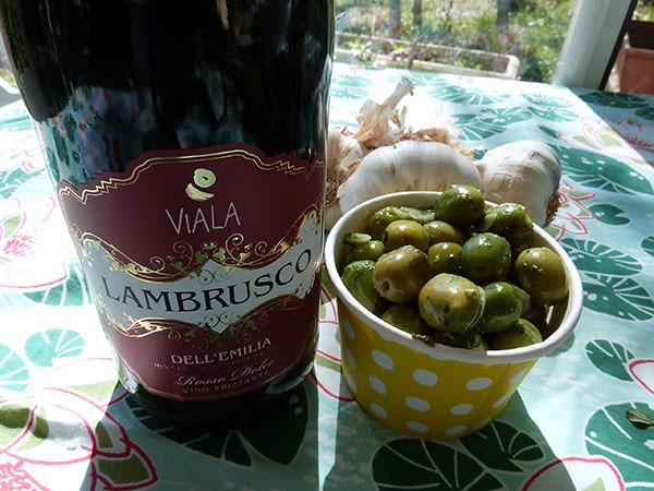 olives et Lambrusco