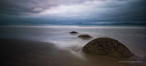 Moeraki_2014-03-10_07-30-08__DSC1553_©RichardLaing(2014)-Edit.jpg