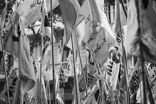 Image of  Bandera Nacional  near  Buenos Aires. argentina banderas justicia memori desaparecidos verdad democracia dictadura 24demarzo dictaduramilitar diadelamemoria diadelamemoriaverdadyjusticia
