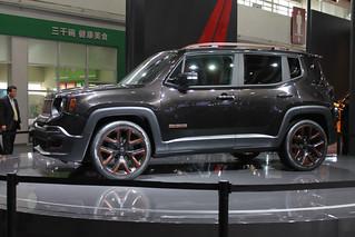 Jeep-Renegada-@-Beijing-2014-01