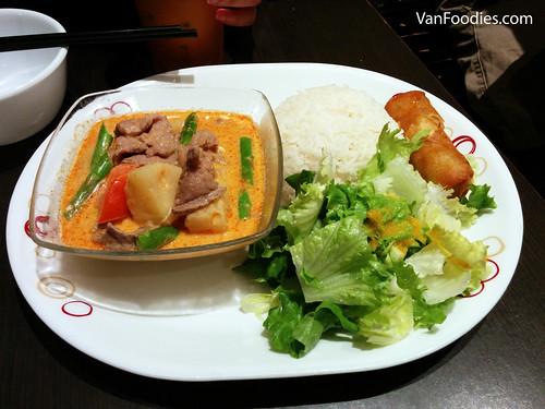Kang Daeng Sapparod Beef