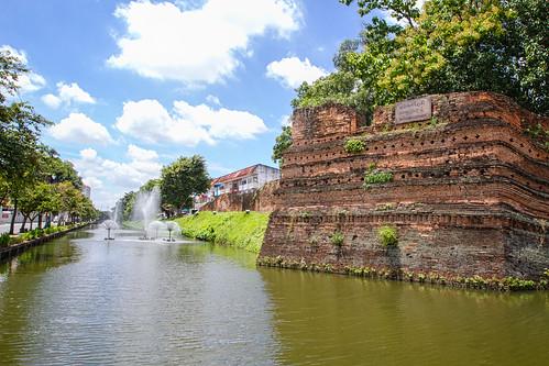 water wall thailand chiangmai