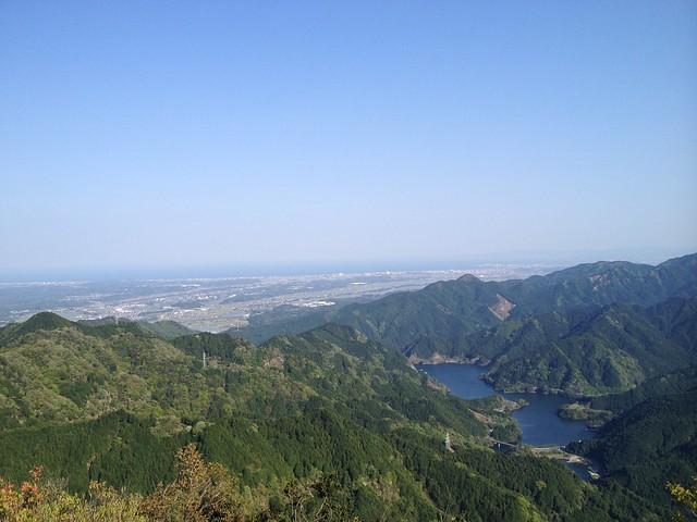 錫杖ヶ岳 山頂から錫杖湖