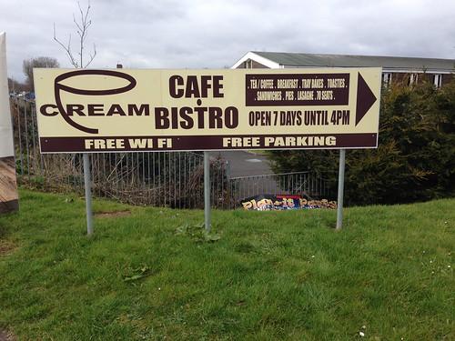 Cream Cafe & Bistro