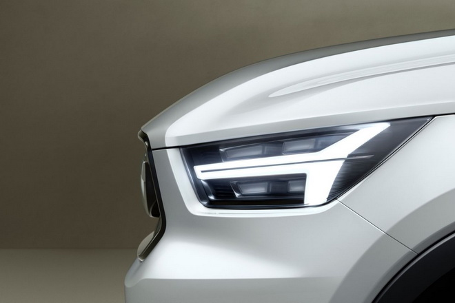 Volvo-V40-Concept-1